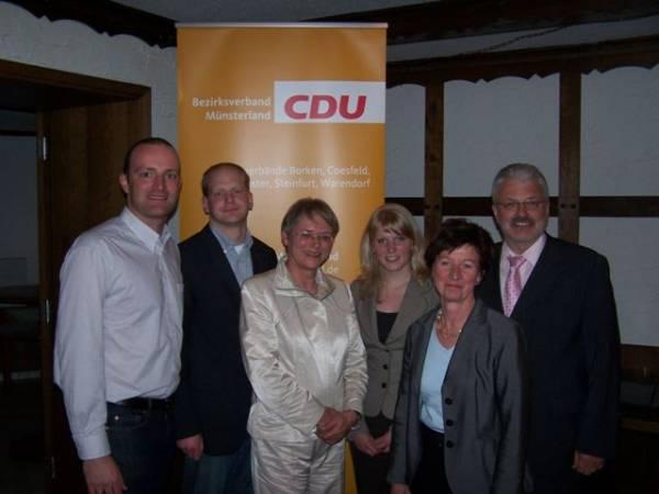Anlage Foto v.l.n.r.: Jens Spahn MdB, Eike Korte, Elke Wülfing, Anne König, Maria Pier-Bohne und Bernhard Tenhumberg MdL