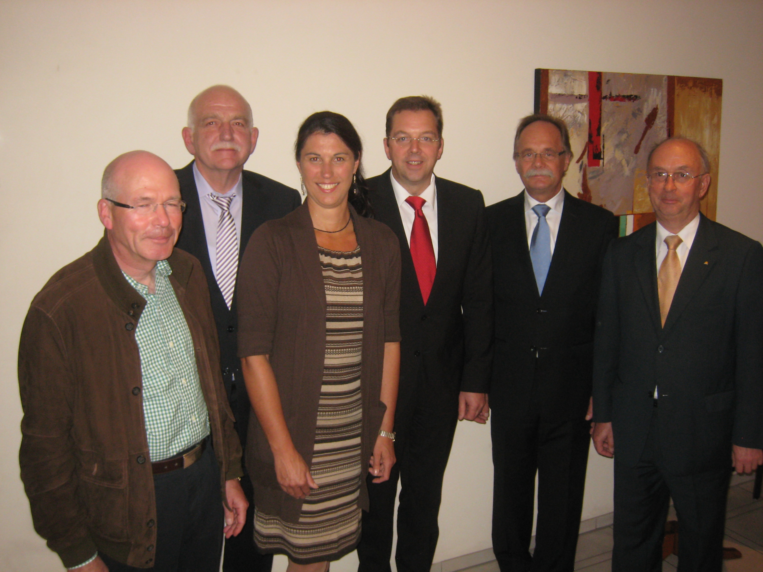 Foto v.l.n.r.: Dr. August-Wilhelm Preuss, Bernhard Schemmer MdL, Silke Sommers, Ludger Konrad, Dr. Georg Matzel, Werner Vogel