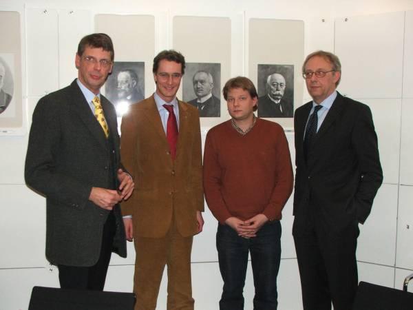 Hendrik W�st MdL aus Rhede und Sven Volmering aus Bocholt mit Karl Schulte � Uebbing (links) und Hans Bernd Felken (rechts)